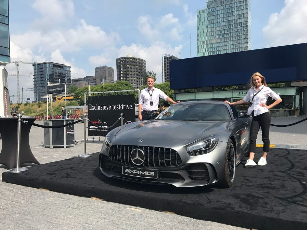 AMG Productplacement campagne op de Zuidas