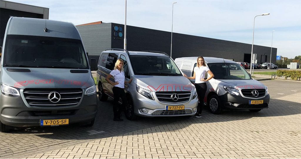 Hostessen voor de automotive branche